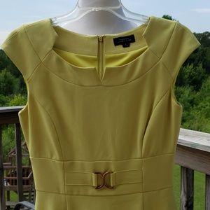 Taheri chartreuse cap sleeve sz 4 dress gorgeous!
